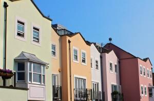 row-houses-196105_640